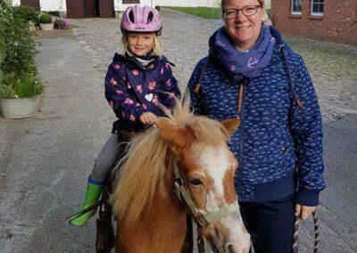 Ponyreiten auf dem Liethshof
